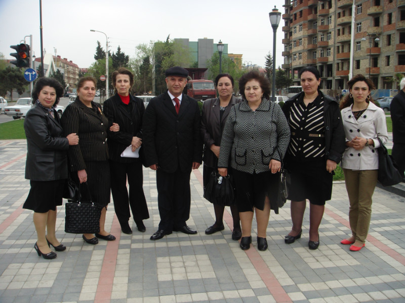 У памятника Нариманову (19)