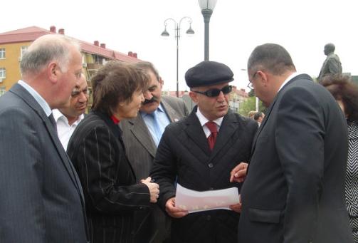 У памятника Нариманову (24)