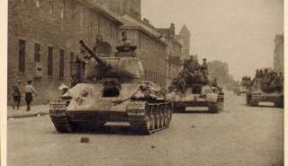 no8_chasti_ka_vstupayut_v_minsk_iyul_1944g